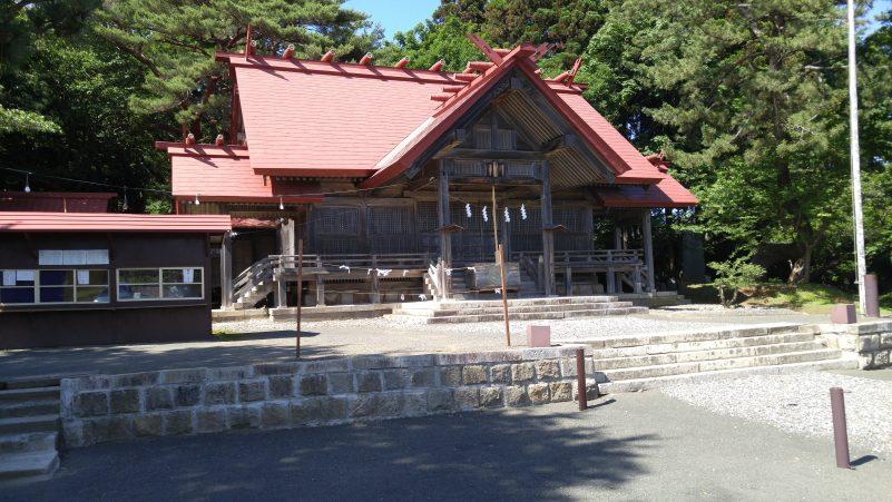 松前神社本殿