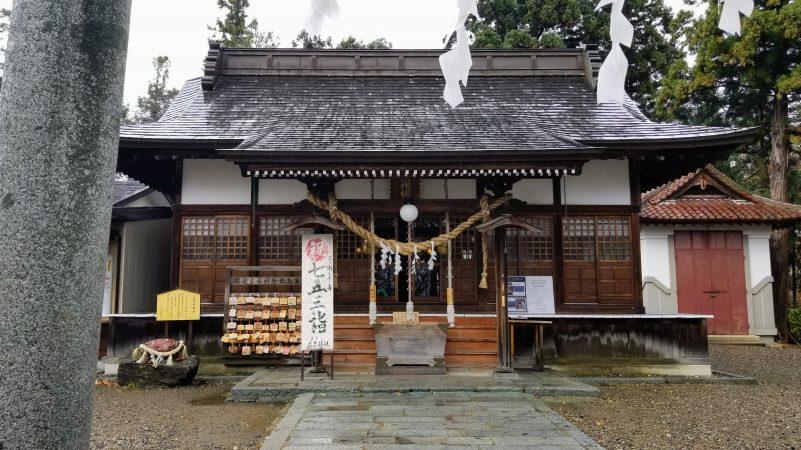 花巻神社本殿正面